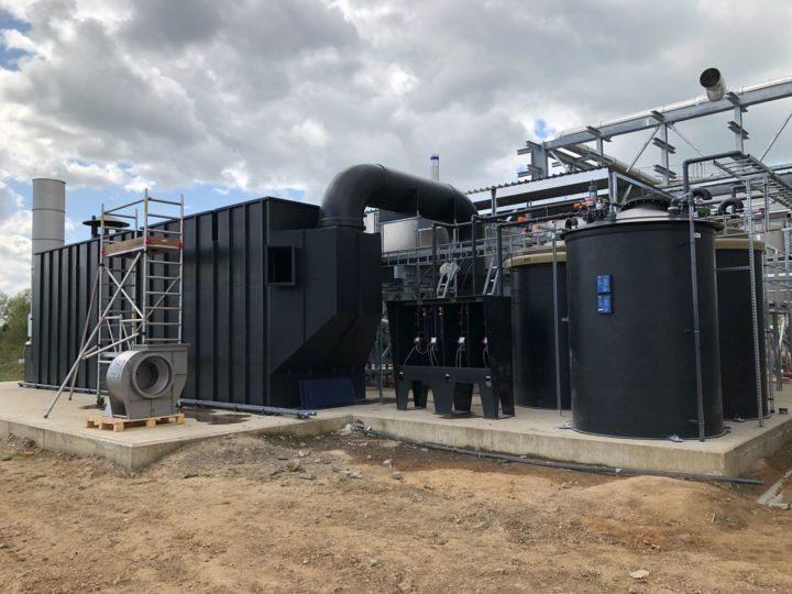 4-traps geurwasser in bedrijf gesteld